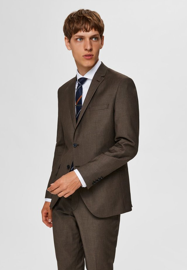 Suit jacket - camel