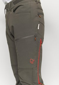 Norrøna - SVALBARD FLEX PANTS - Outdoor trousers - dark grey - 6