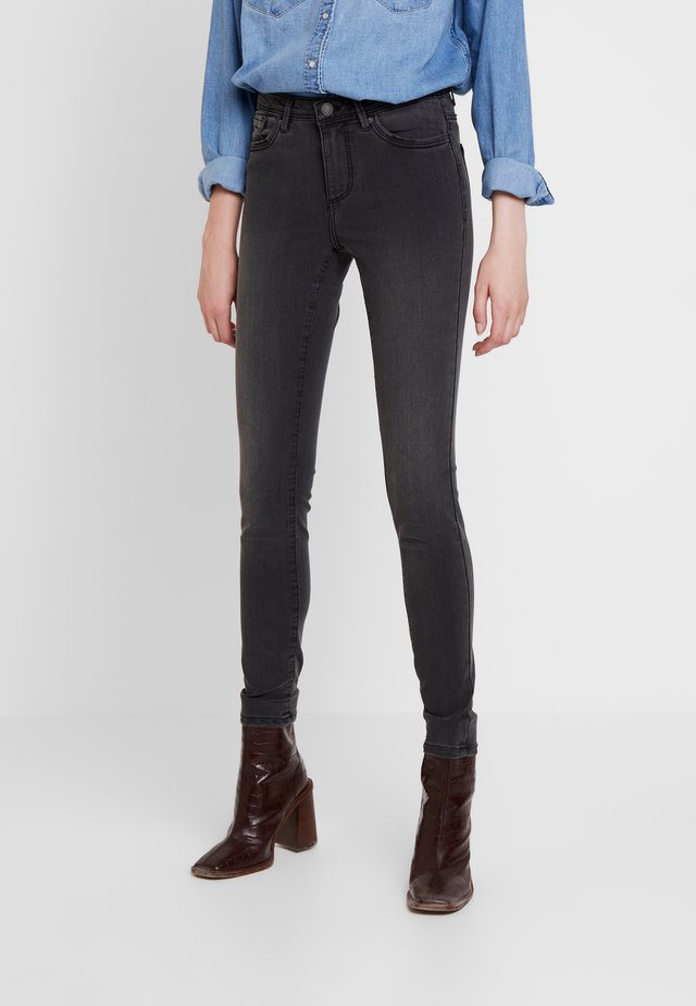 VMTANYA PIPING - Jeans Skinny Fit - dark grey denim