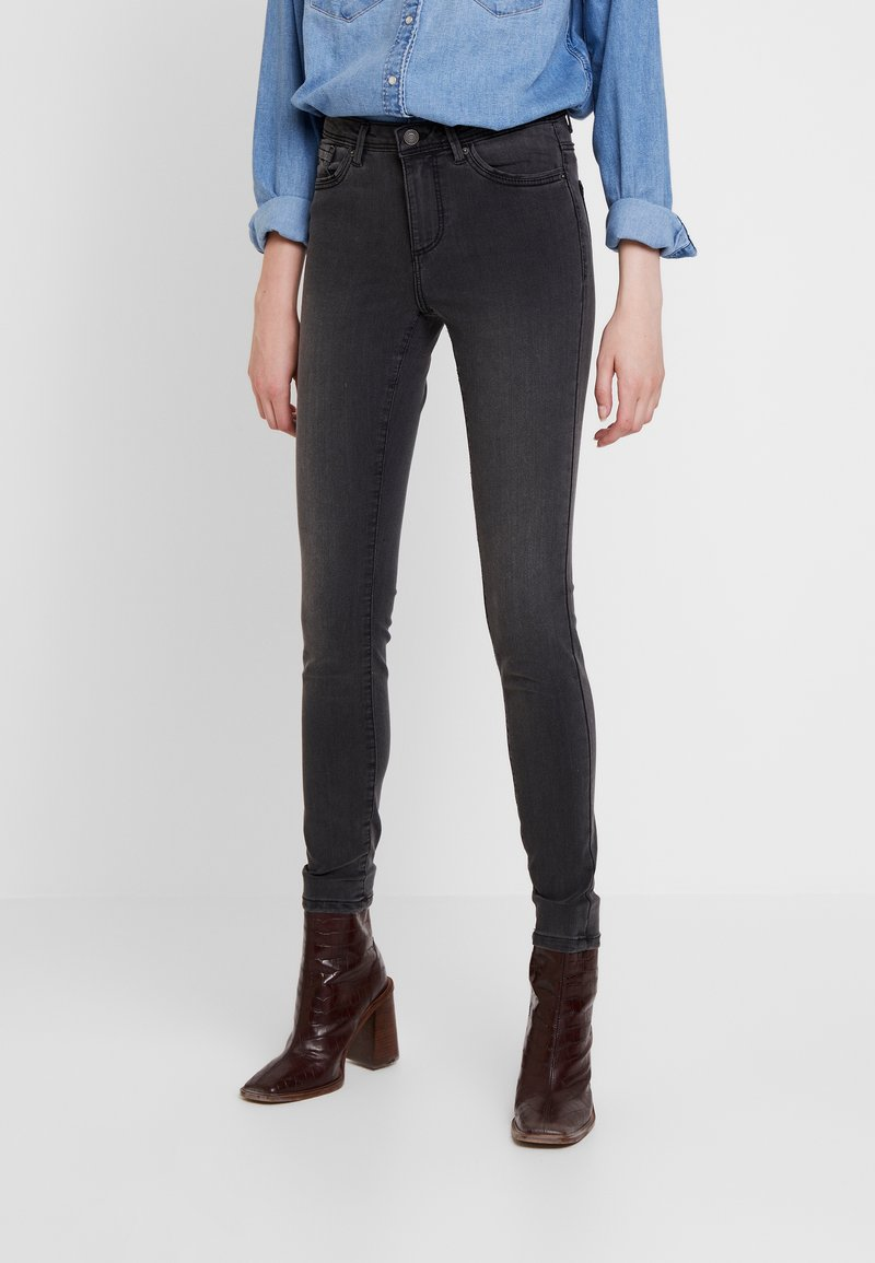 Vero Moda - VMTANYA PIPING - Skinny-Farkut - dark grey denim