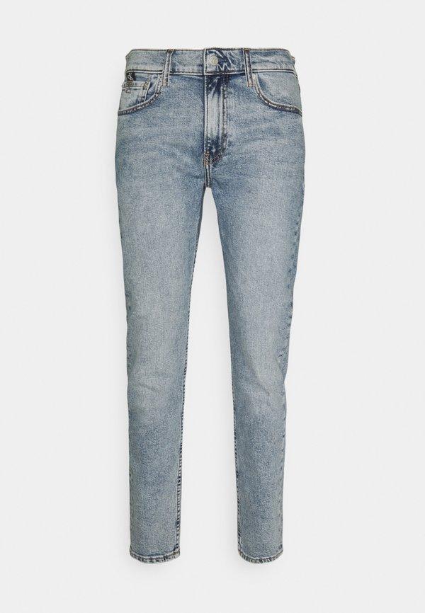 Calvin Klein Jeans SLIM TAPER - Jeansy Zwężane - denim light/jasnoniebieski Odzież Męska MWXE