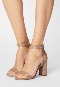 Even&Odd - Sandaalit nilkkaremmillä - beige - 0