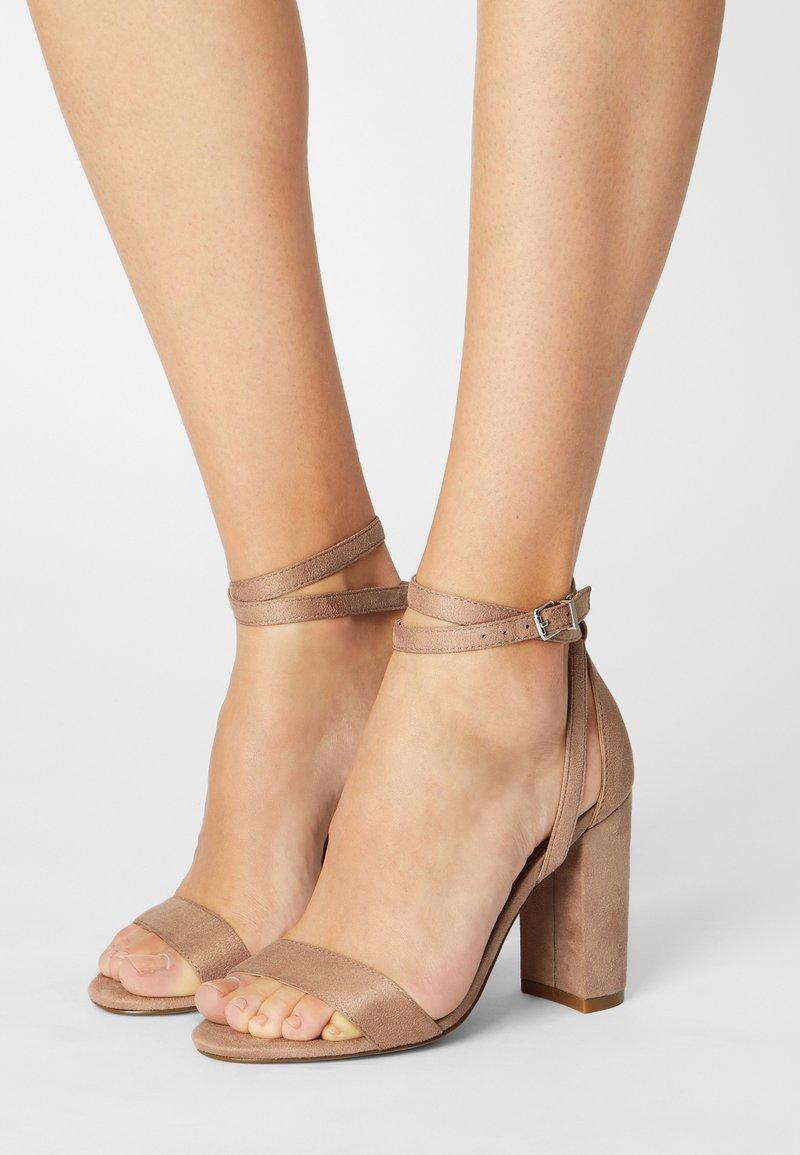 Even&Odd - Sandaalit nilkkaremmillä - beige
