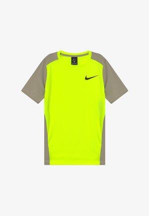 INSTACOOL - Print T-shirt - volt/stone