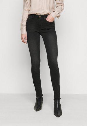 ONLBLUSH LIFE - Jeans Skinny - black