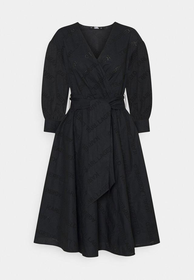 LOGO EMBROIDERED SHIRT DRESS - Day dress - black