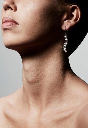 LAISHA - Earrings - silver plated