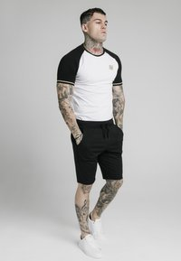 SIKSILK - INSET CUFF - Print T-shirt - black/white - 3