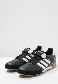 adidas Performance - KAISER 5 GOAL - Zaalvoetbalschoenen - black/running white - 2