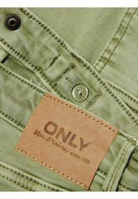 Kids ONLY - Jeans Tapered Fit - oil green - 2