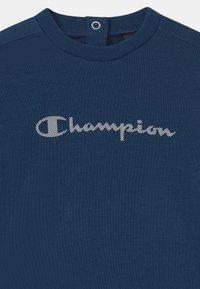 Champion - AMERICAN CLASSICS CREWNECK SET UNISEX - Tuta - dark blue - 3