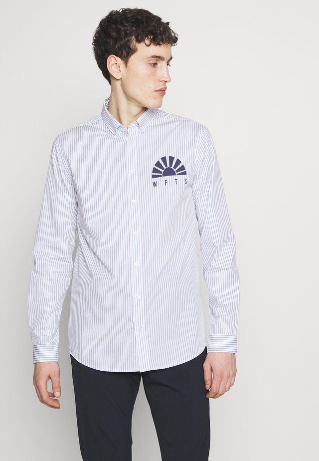 HUNTER - Shirt - blue pin
