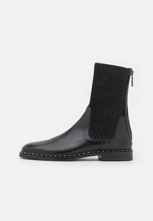 SUSAN 69 - Korte laarzen - black