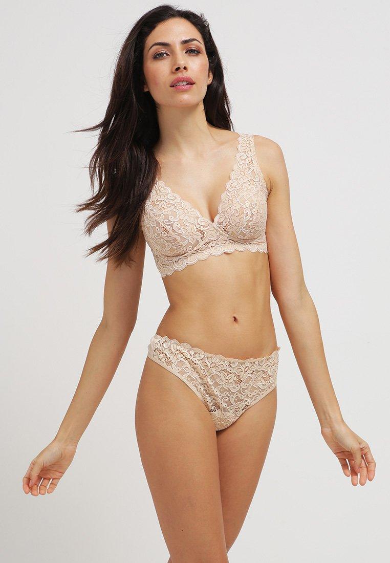 Women MOMENTS - Triangle bra