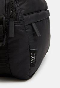 DAY ET - PUFFY SPORT SQUARE - Across body bag - black - 3
