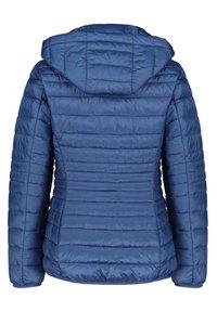 Esprit - DAMEN MIT KAPUZE - Winter jacket - blau (51) - 4