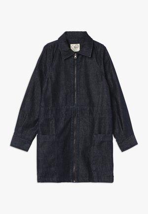 CLAUDIA WORKER DRESS - Denimové šaty - dark blue navy