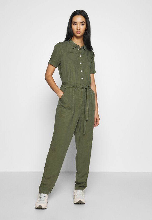 NMSOPHIE UTILITY - Jumpsuit - olive night