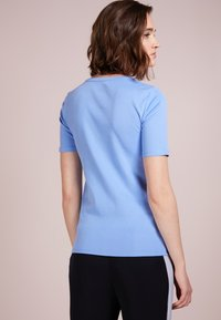 J.CREW - CREWNECK ELBOW SLEEVE - Basic T-shirt - shale blu - 2