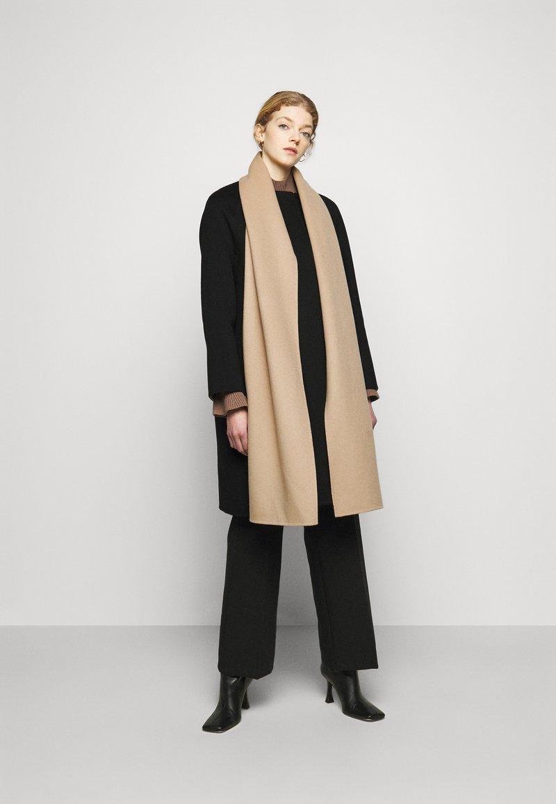 Theory - SCARF COAT LUXE NEW - Classic coat - black/palomino