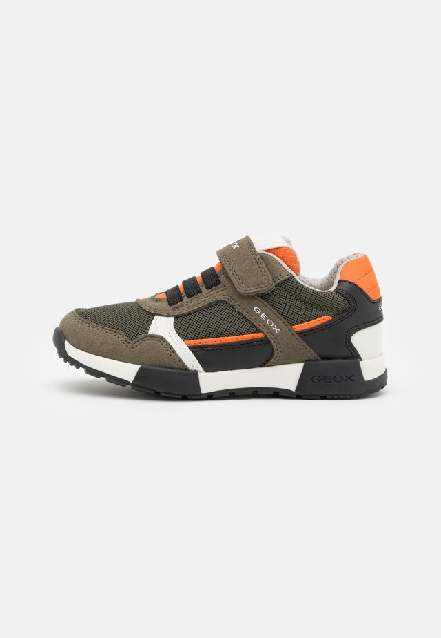 ALFIER BOY - Sneakers laag - military/orange