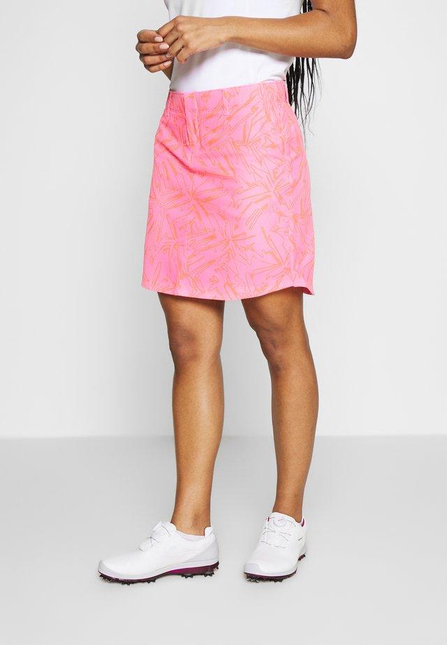 LINKS PRINTED SKORT - Sportovní sukně - lipstick/mod gray/beta