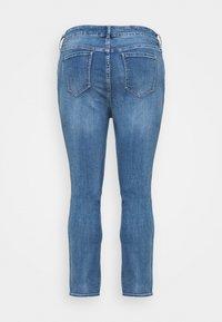 Forever New Curve - HAZEL CURVE HIGH RISE - Slim fit jeans - tulum blue - 1