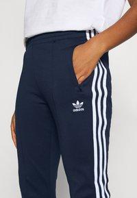 adidas Originals - PANTS - Tracksuit bottoms - collegiate navy/white - 3