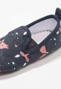 Walnut - MINI CHARLIE - First shoes - foxy - 2