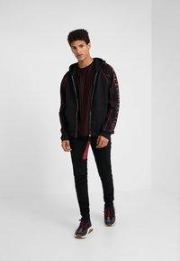 Versace Collection - SPORTIVO FELPA CON CAPPUCCIO - Zip-up hoodie - nero - 1