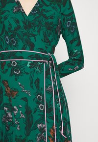 Diane von Furstenberg - AMIYA - Vapaa-ajan mekko - multi/emerald - 6