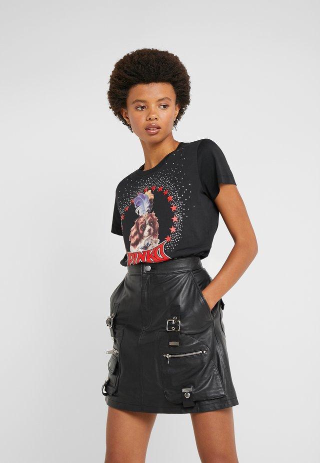 PATACIA - Print T-shirt - nero limousine