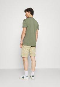 Cars Jeans - RANDOM - Shorts - khaki - 2