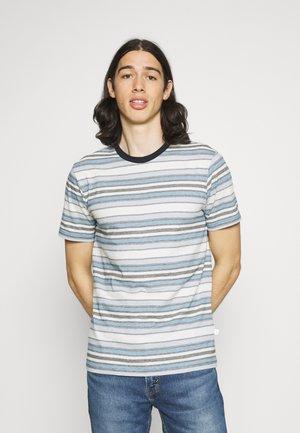 ALDER STRIPED TEE - Print T-shirt - asley blue