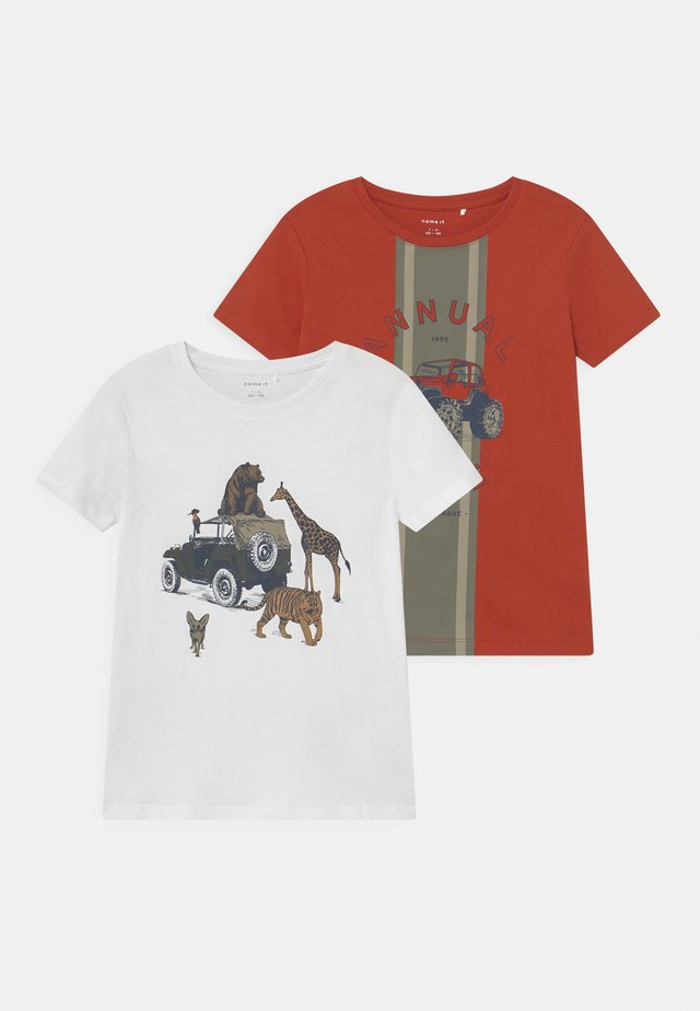 NMMBERTIL 2 PACK - T-shirts med print - ketchup/bright white