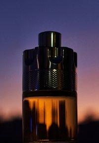 Azzaro Parfums - WANTED BY NIGHT EAU DE PARFUM VAPO - Eau de Parfum - - - 5