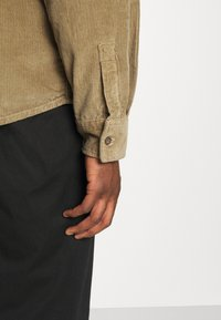 Dickies - FORT POLK CORD - Shirt - khaki - 5