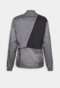 Puma - RUN LAUNCH ULTRA JACKET - Sports jacket - castlerock grey dawn - 1