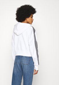 adidas Originals - SHORT HOODIE - Hoodie - white - 2