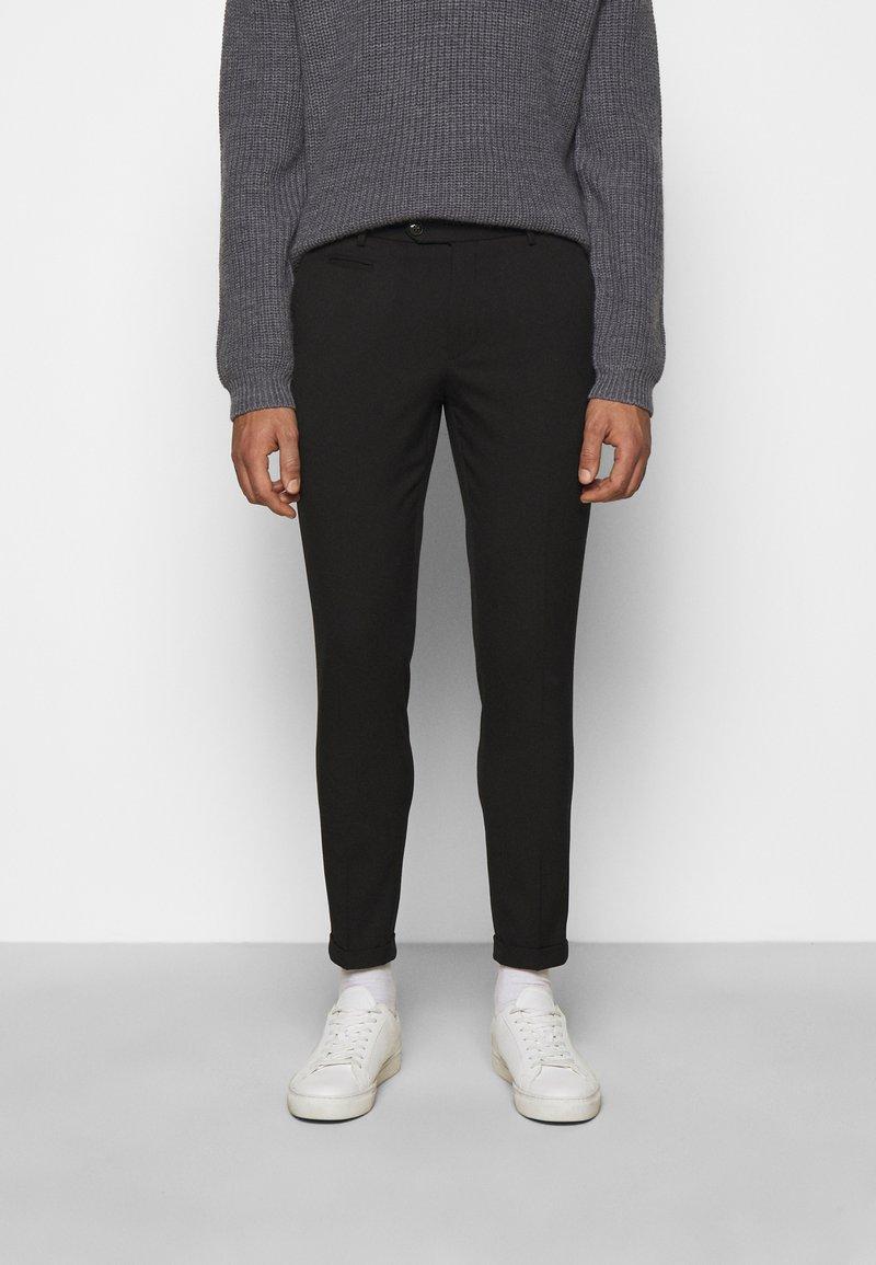 Les Deux - COMO SUIT PANTS - Trousers - black