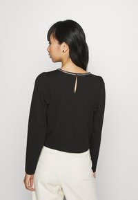 ONLY - ONLBRILLIANT CHAIN - Long sleeved top - black - 2