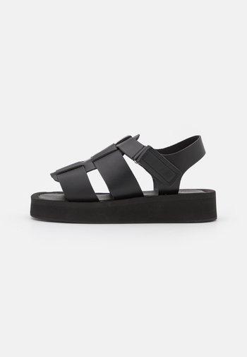CHUNKY DESERT - Platform sandals - black