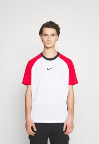 Nike Sportswear - Print T-shirt - white/university red/black - 0