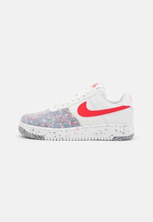 AIR FORCE 1 CRATER - Trainers - summit white/siren red
