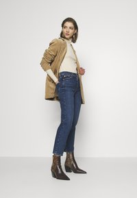 River Island - Straight leg jeans - mid auth - 1