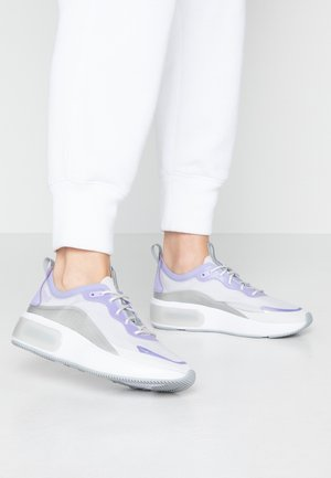 AIR MAX DIA - Matalavartiset tennarit - vast grey/purple agate/metallic platinum/white