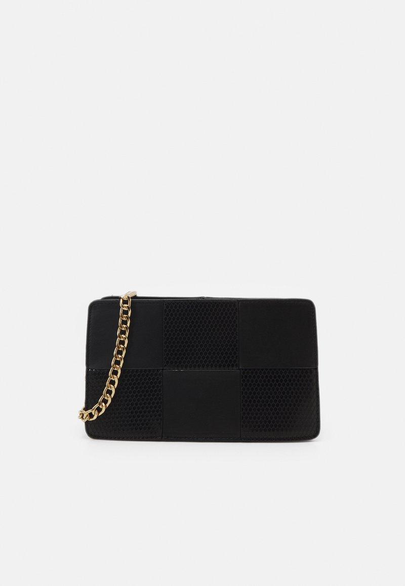 Pieces - PCDEMETER SHOULDER BAG  - Handbag - black/gold