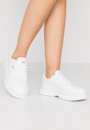 DEVA  - Sneakers basse - white