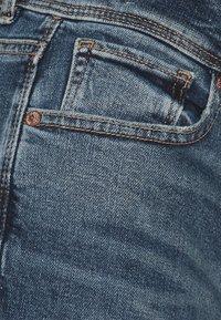 American Eagle - KICK BOOT - Flared Jeans - indigo waters - 2