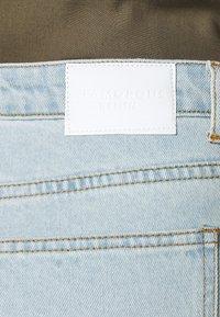 Glamorous Curve - Denim shorts - light wash - 5